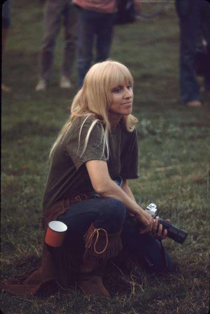 Girls of Woodstock, 1969 (17)
