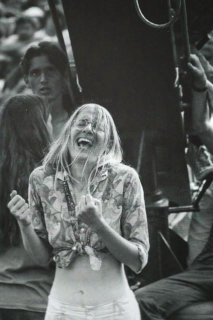 Girls of Woodstock, 1969 (32)