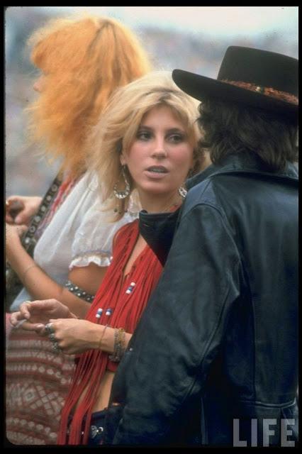 Girls of Woodstock, 1969 (39)