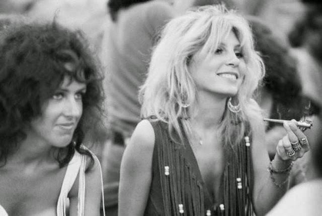 Girls of Woodstock, 1969 (44)