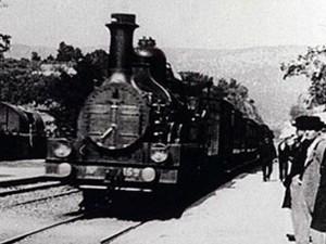 L'arrivo del treno alla stazione della Ciotat