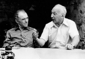 1280px-Photographers_Robert_Doisneau_(left)_and_André_Kertész_in_1975_a