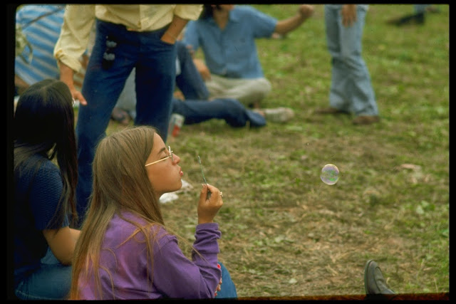 Girls of Woodstock, 1969 (11)