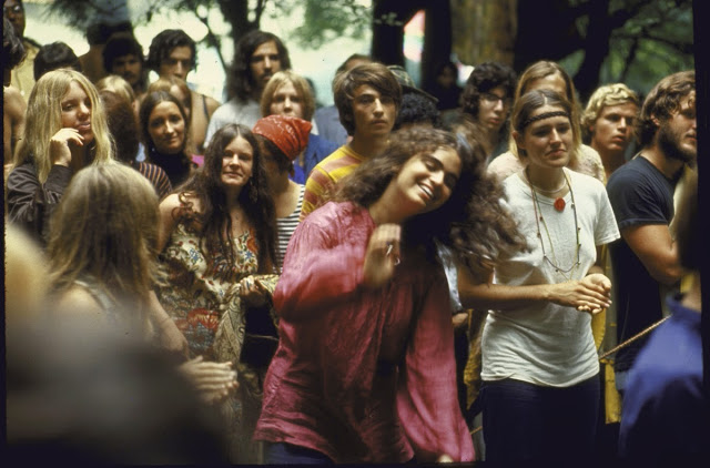 Girls of Woodstock, 1969 (14)