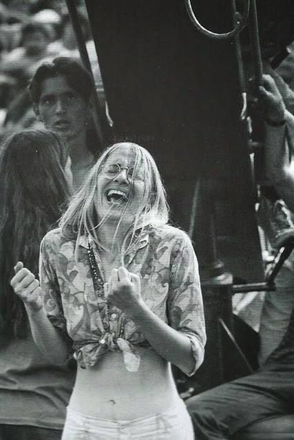 Girls of Woodstock, 1969 (32)