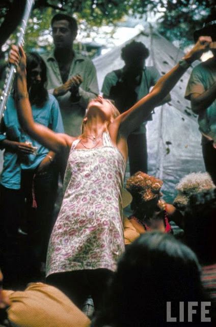 Girls of Woodstock, 1969 (36)