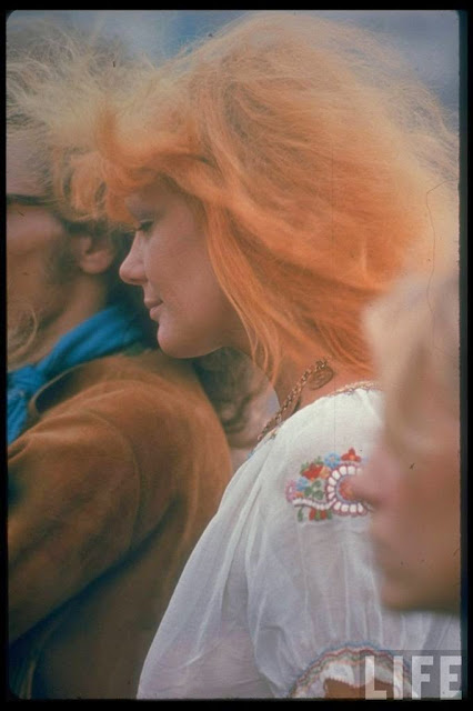 Girls of Woodstock, 1969 (40)