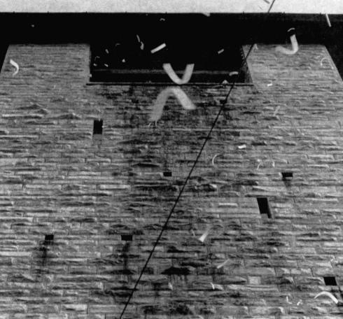 – B. Munari, Visualizzazione dell'Aria di Piazza Duomo, Como 21 settembre 1969